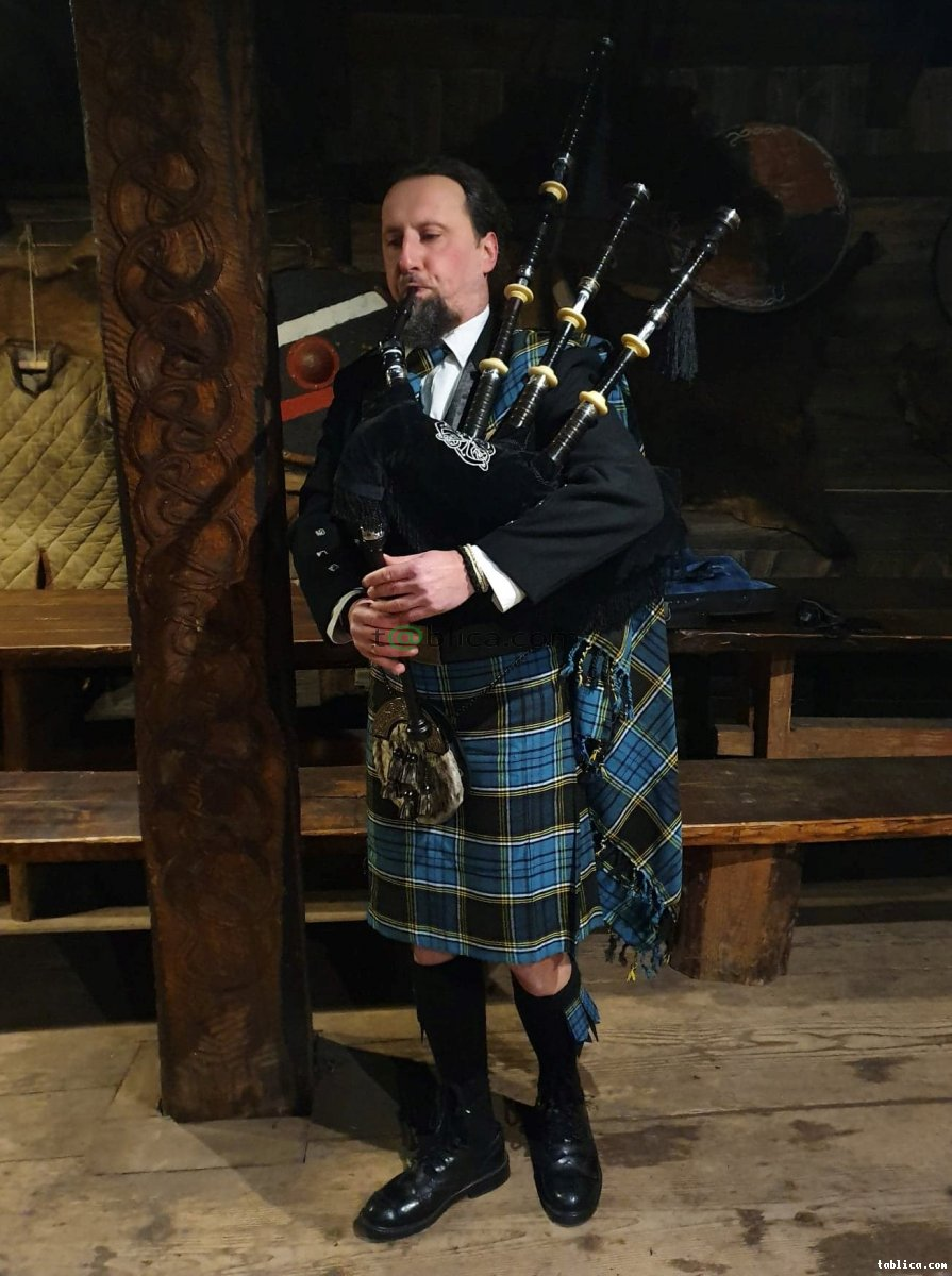 """Dudziarz na Ślub, Bagpipes, Dudy Szkockie, """"kobza"""","""