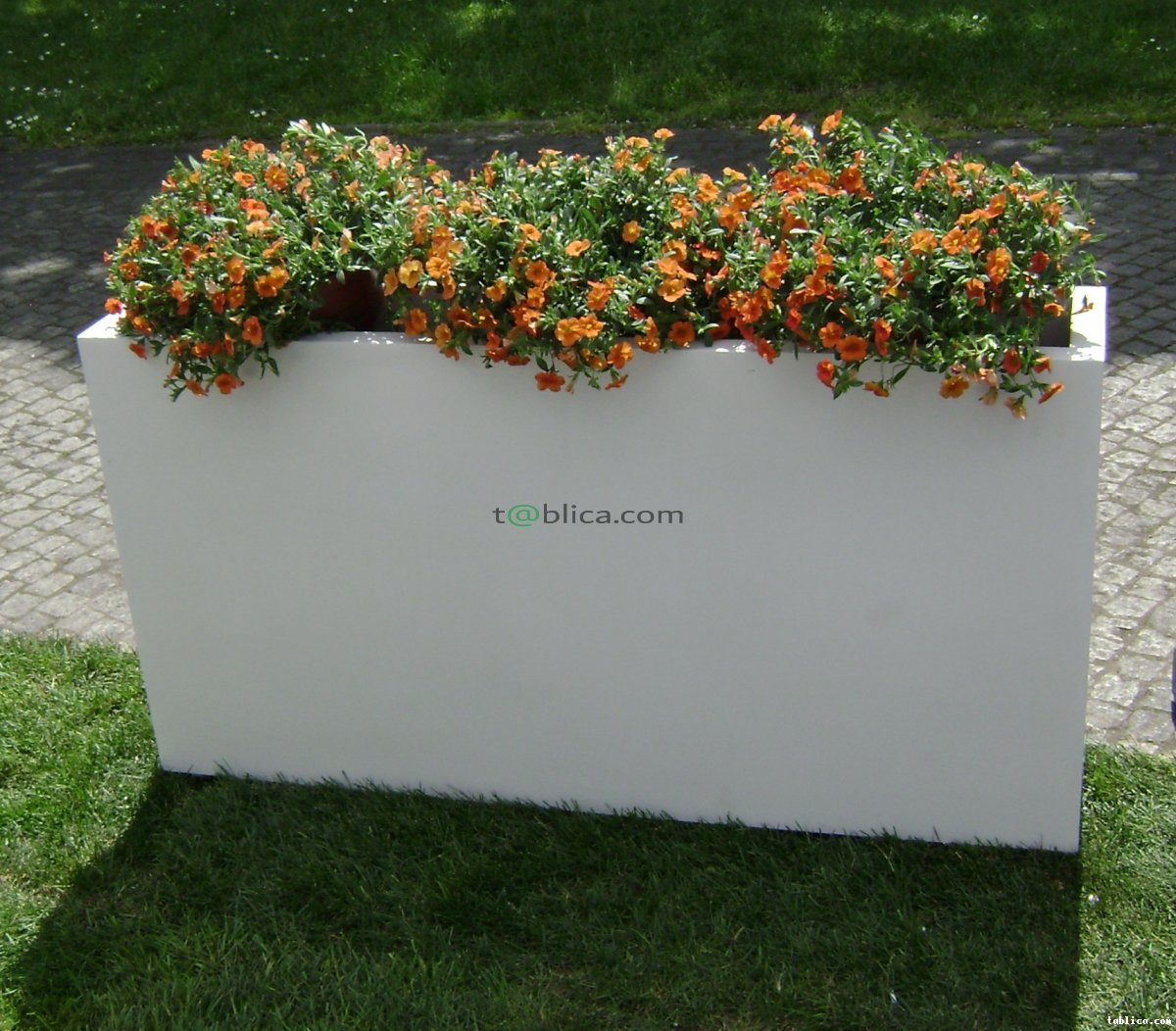 Donice na wymiar na taras do ogrodu do domu