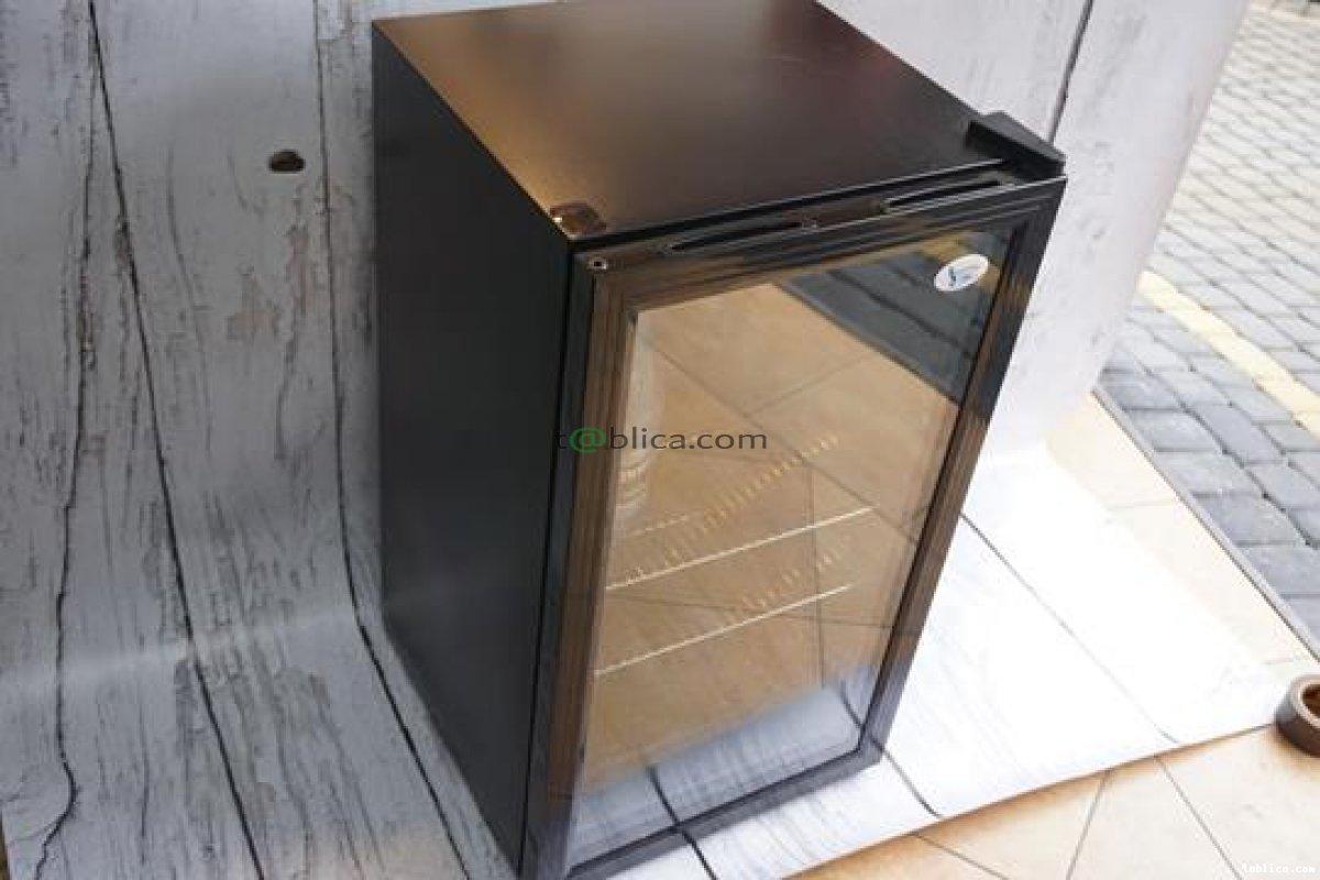 lodówka chłodnia witryna zamrażarka porcelana szkło