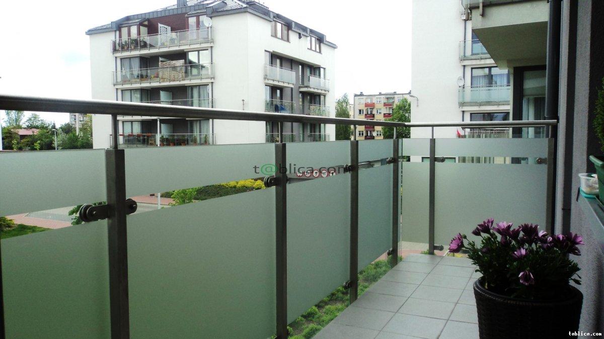 Oklejanie balkonów, folie przeciwsłoneczne