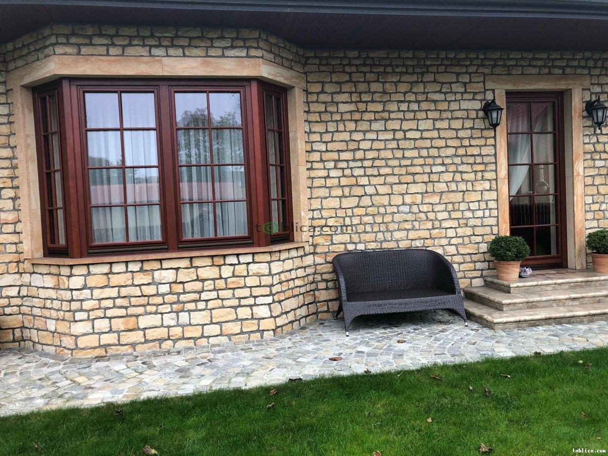 Rustykalne ściany z kamienia