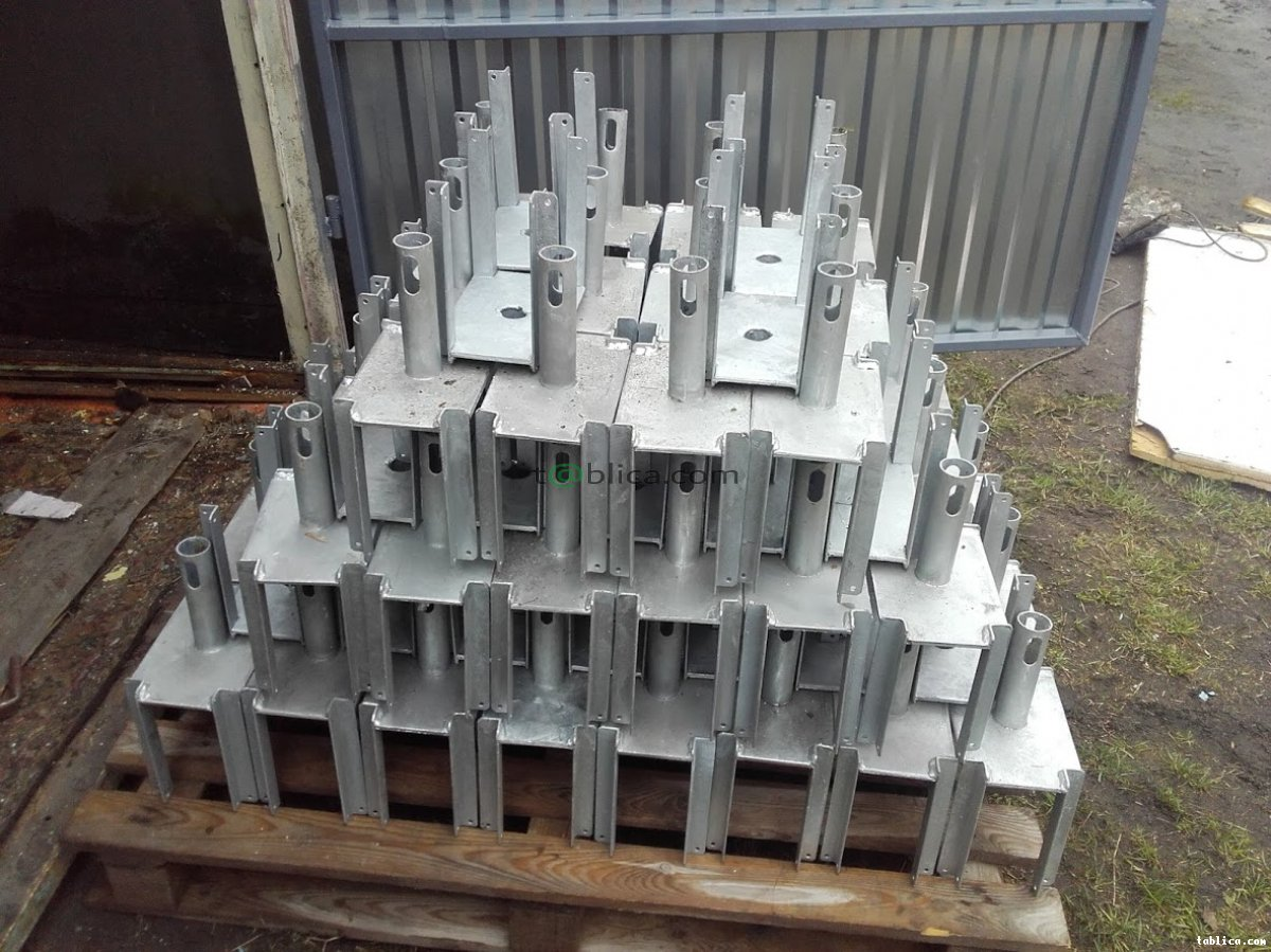 Stemple budowlane, dźwigary, trójnogi, głowice