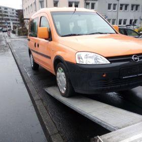 Transport samochodów laweta Sławków 24 h holowanie